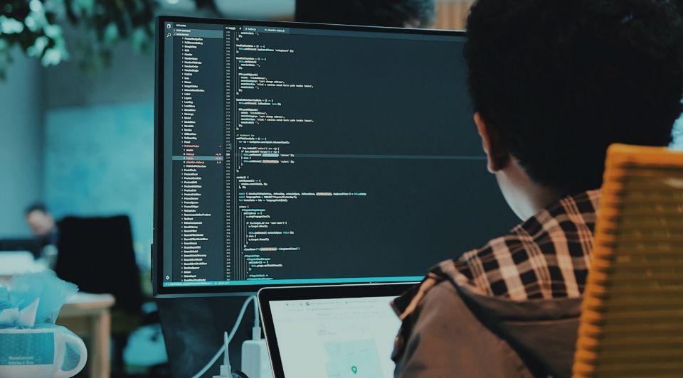 Kleine mkb ondernemer doelwit hackers bescherm