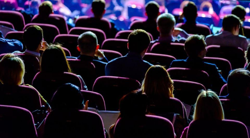 Publiek zitplaatsen evenementen coronacrisis