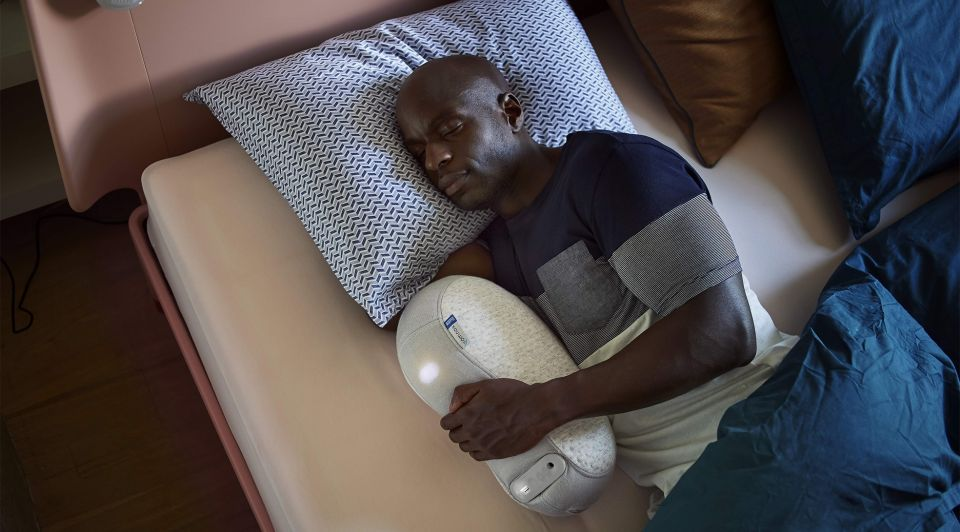 Somnox man bed