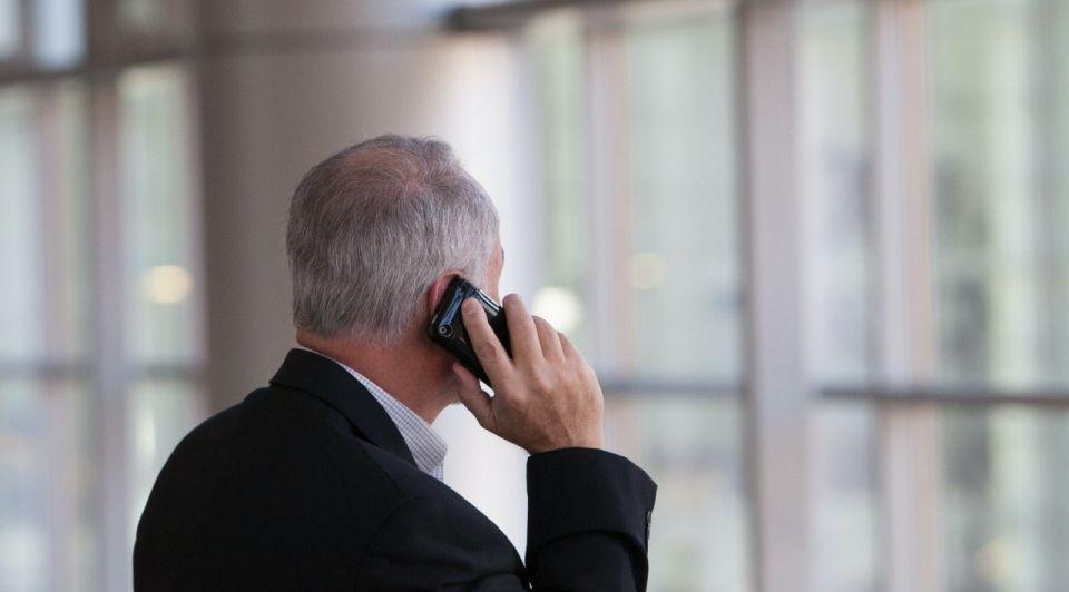 Telefoon ondernemer call smartphone unsplash