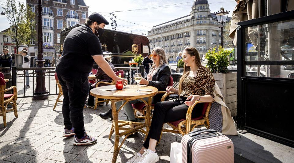 Terras open amsterdam versoepeling regels horeca ondernemers