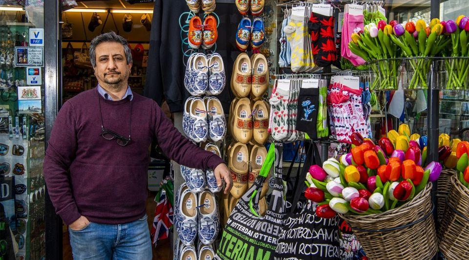 Toeristen souvenirs winkel rotterdam corona