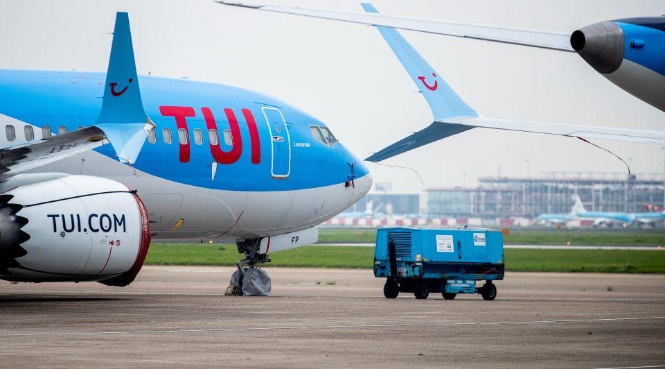 Tui leeg vliegtuig schiphol eindhoven airport