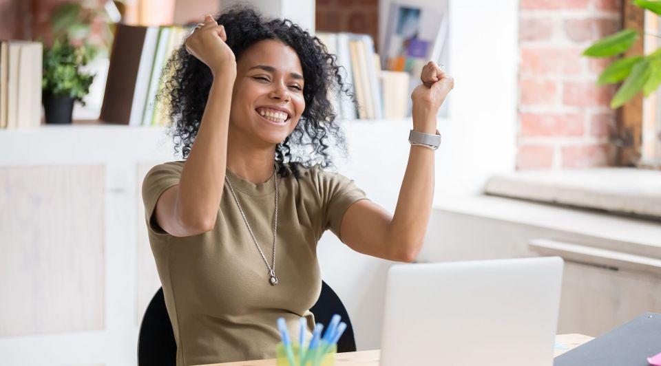 Vrouw tevreden werknemer