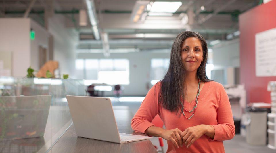 Vrouwelijke ondernemer aamp