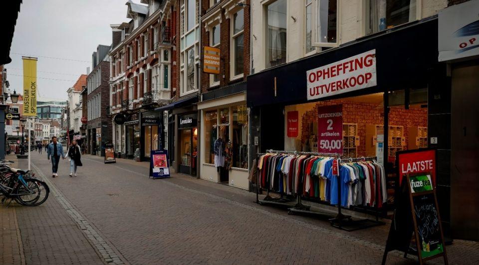 Winkelstraat utrecht uitverkoop coronacrisis