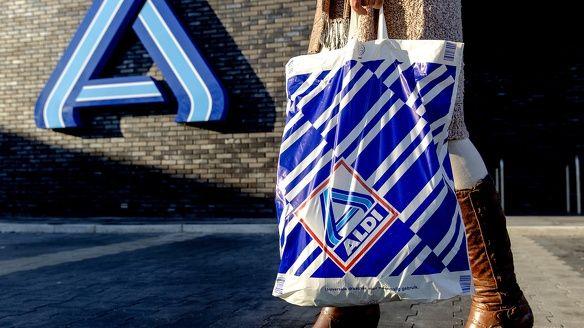Overzicht openingstijden supermarkten Dodenherdenking 2018 Aldi