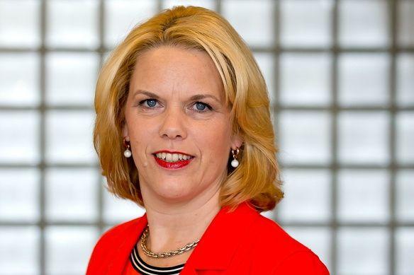 Yvonnevander Hulst