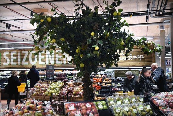 Supermarkt jumbo albert heijn beleving koks eten restaurants interactieve spiegels hunkemoller bezorging toekomst consument geinspireerd 1