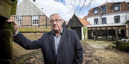 Nieuwe eigenaar Harry Oude Weernink aan de achterzijde FOTO ROBIN HILBERINK