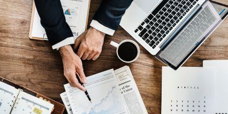 Agenda analysis business 990818