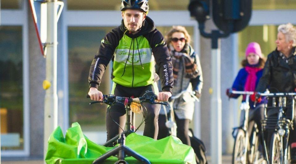 Apeldoorn fietskoerier
