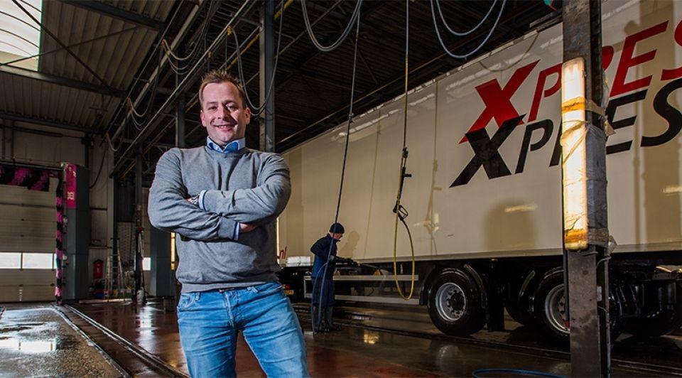 Dennis van Veggel Shell AVJT truckwashbedrijf
