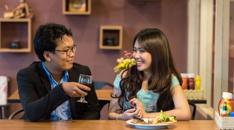 Flirten restaurant date pixabay