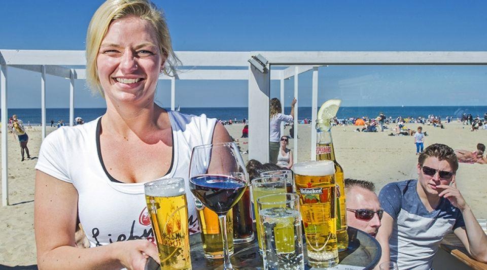 Horeca strand zonnig weekend