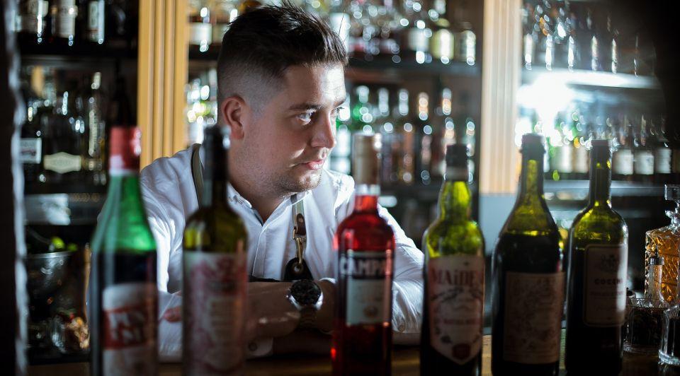 Lennard van Otterloo barman london pub brexit