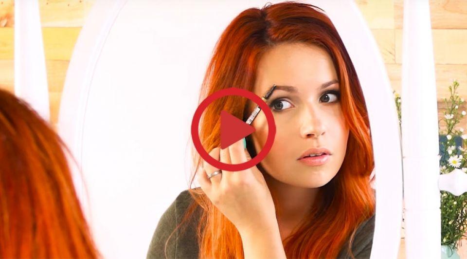 Miss Lipgloss video 1065 videobutton