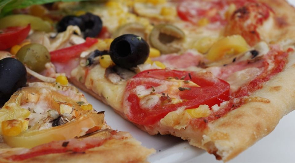 Pizza Wereldrestaurant Breed Almere Buiten 1065