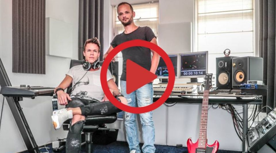 Ronald Pater en Diederick van Loo in hun studio in Zwolle video Frans Paalman
