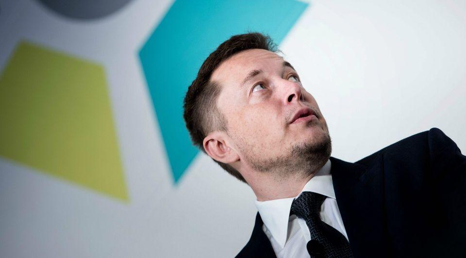 Tesla Bloomberg Elon Musk 6500 dollar 1