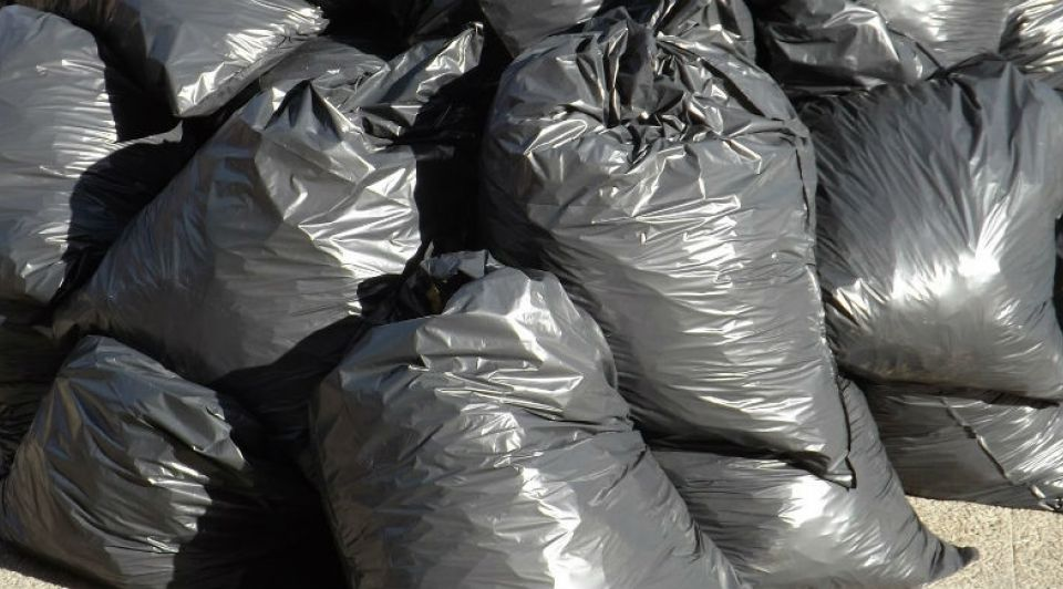 Afval rommel engels brits wijster verwerkt