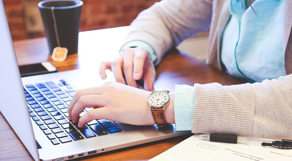 Bedrijf laptop werk flexwerken