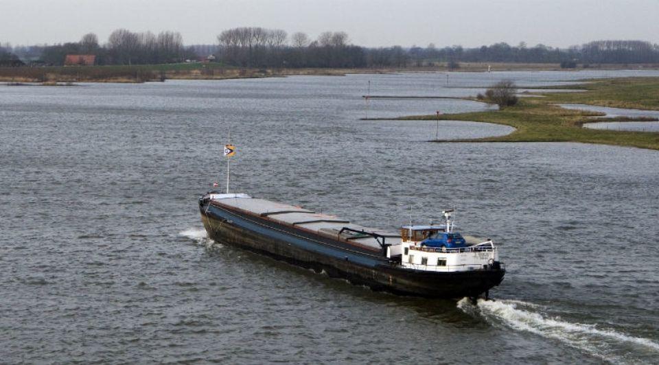Binnenvaartschip binnenvaart Drachten