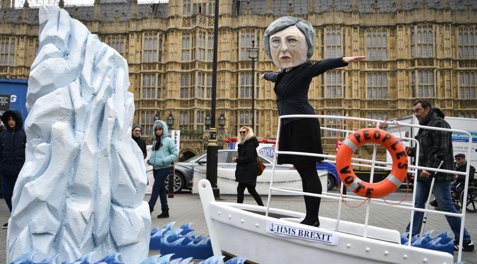 Brexit theresa may column titanic