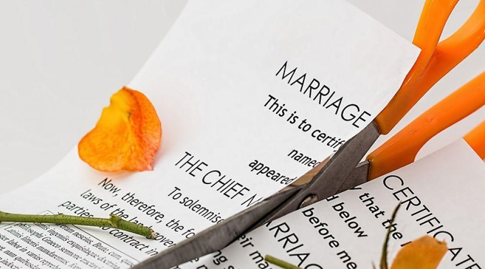 Divorce 619195 1920