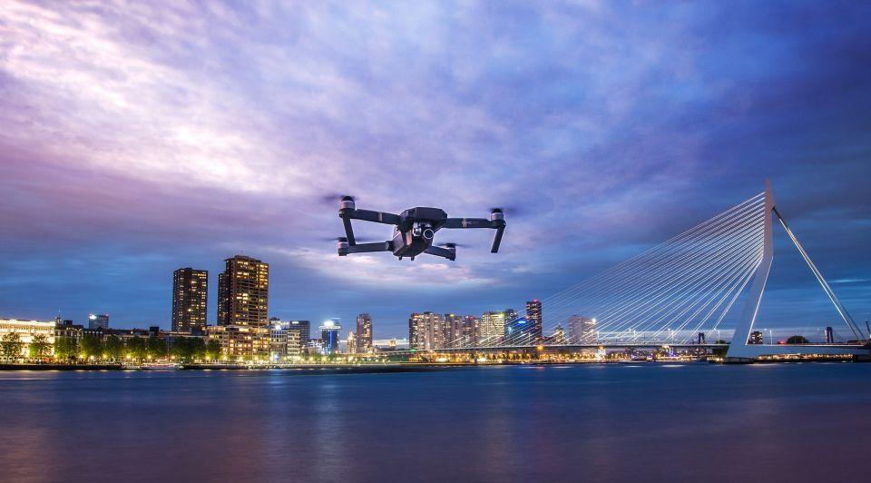 Drone pakje bezorgen rotterdam Geeba
