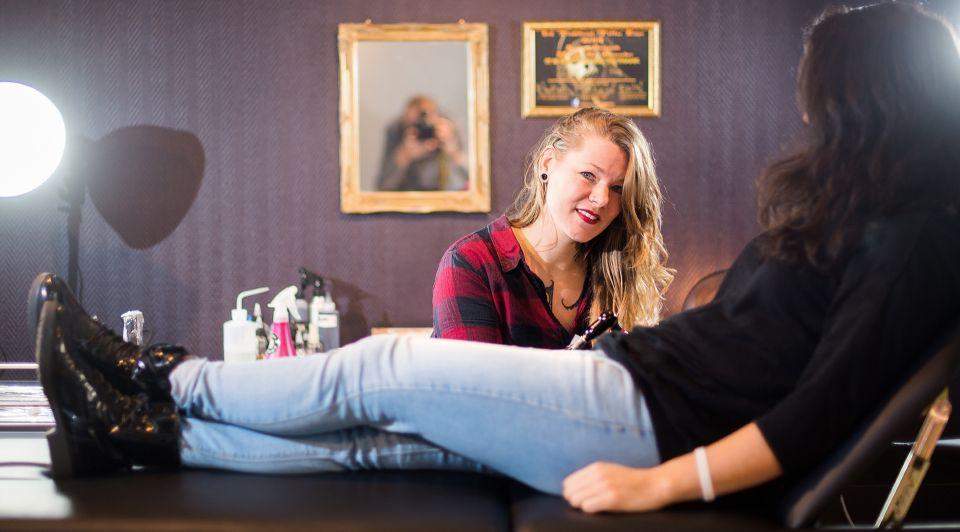 Iris susanna lune noire oosterbeek tattooshop