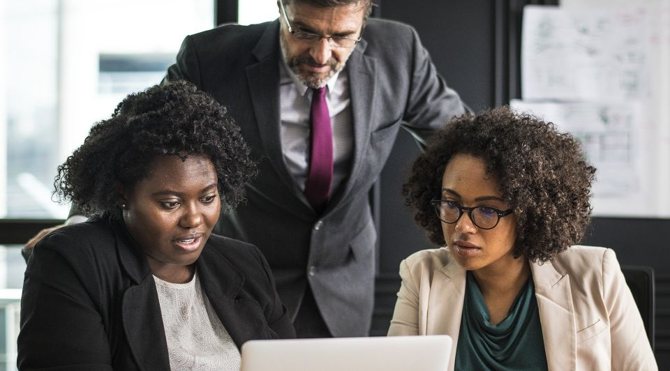 Kenmerken goede baas leidinggevende manager google