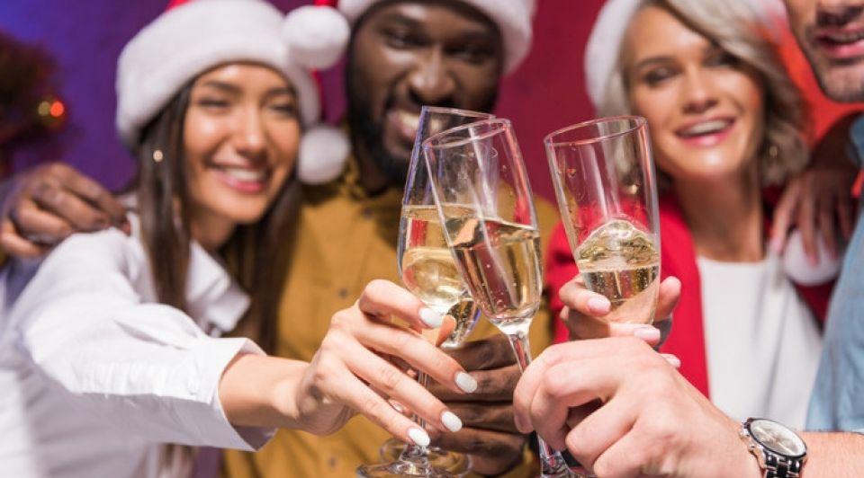 Kerstborrel drinken mate