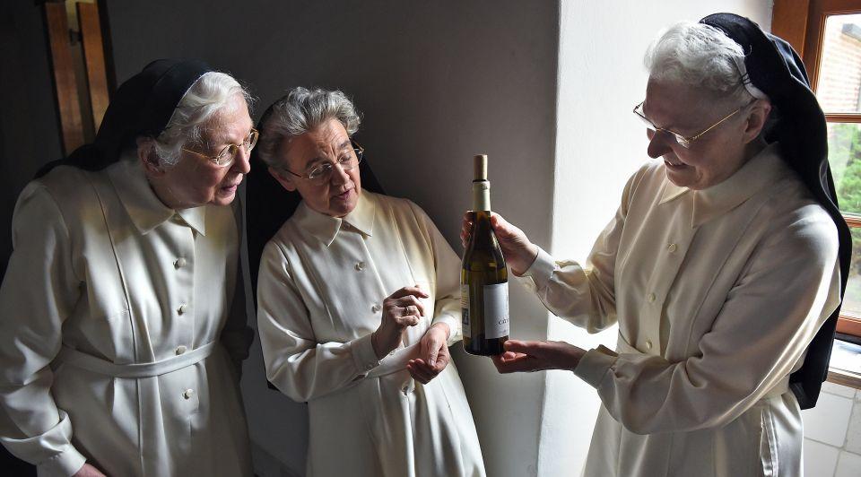 Kloosterwijn nonnen zusters