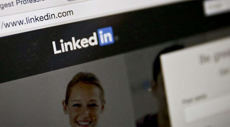 Linkedin microsoft overname achtergrond