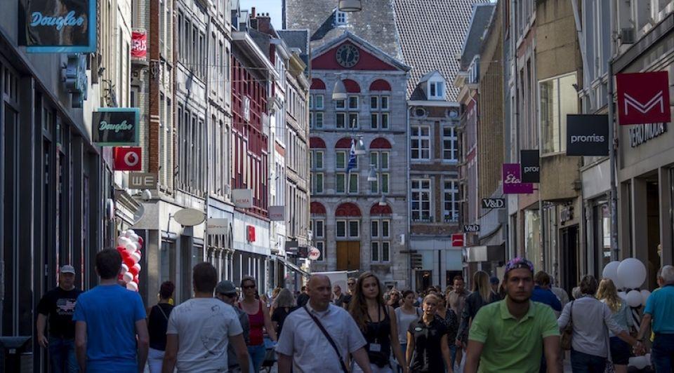 Maastricht grote straat winkels winkelstraat