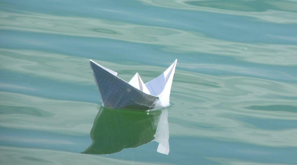 Papierenboot stockpixabay