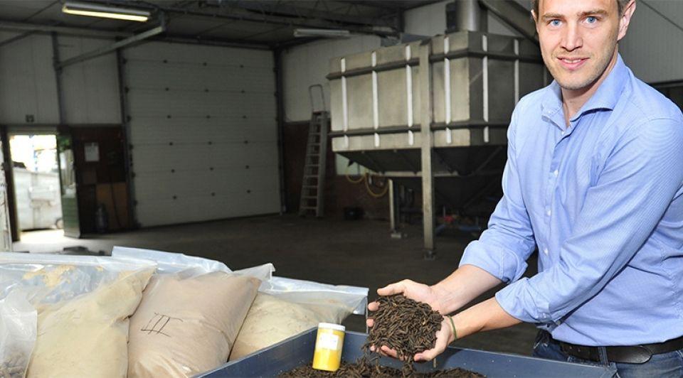 Protix biosystems dongen larven vetmesten platteland boeren agrarirs diervoer