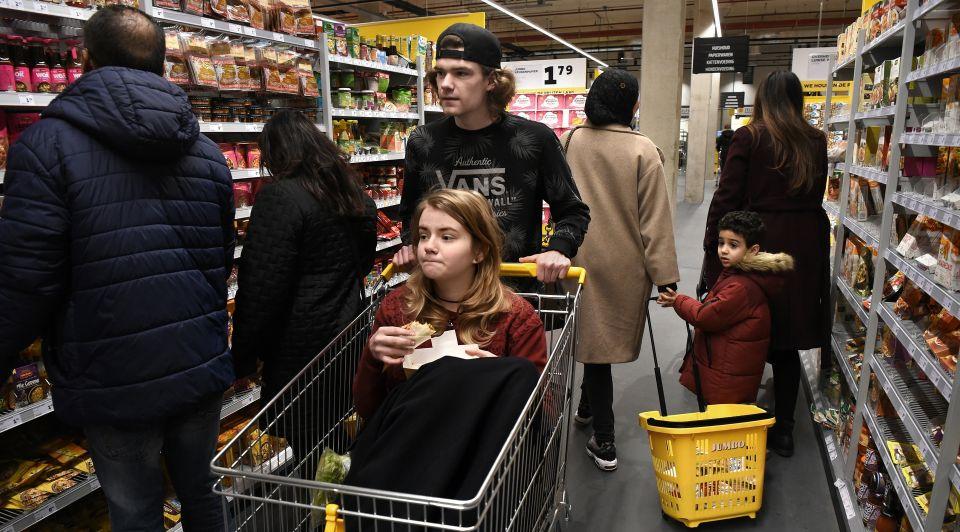 Supermarkt jumbo albert heijn beleving koks eten restaurants interactieve spiegels hunkemoller bezorging toekomst consument geinspireerd 2