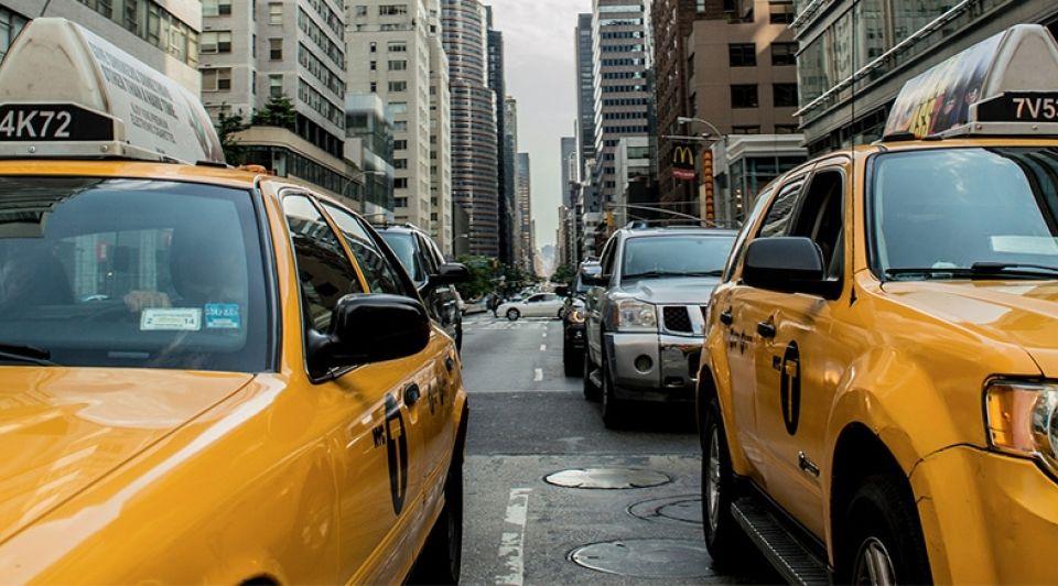 Taxi stock1065