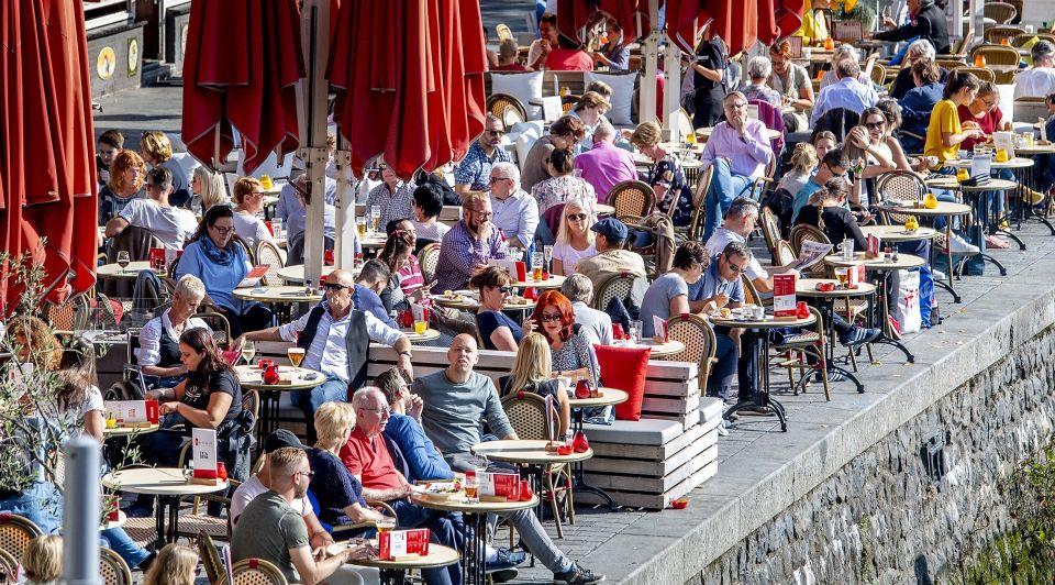 Terras restaurant horeca cafe nederland wouter verkerk ondernemer ondernemen