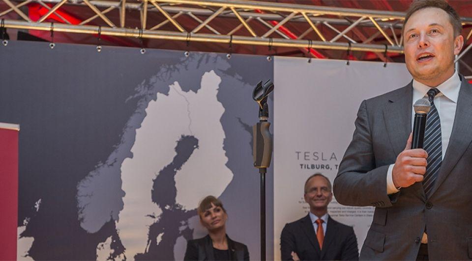 Tesla elon musk minister kamp tilburg groot 1065