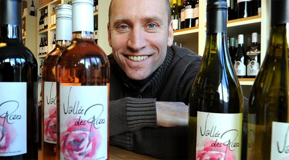 Vallee des roses roosendaal john de nijs winebizz wijnlabel wijnen